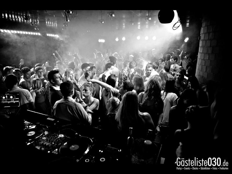 https://www.gaesteliste030.de/Partyfoto #78 Asphalt Berlin vom 09.11.2013