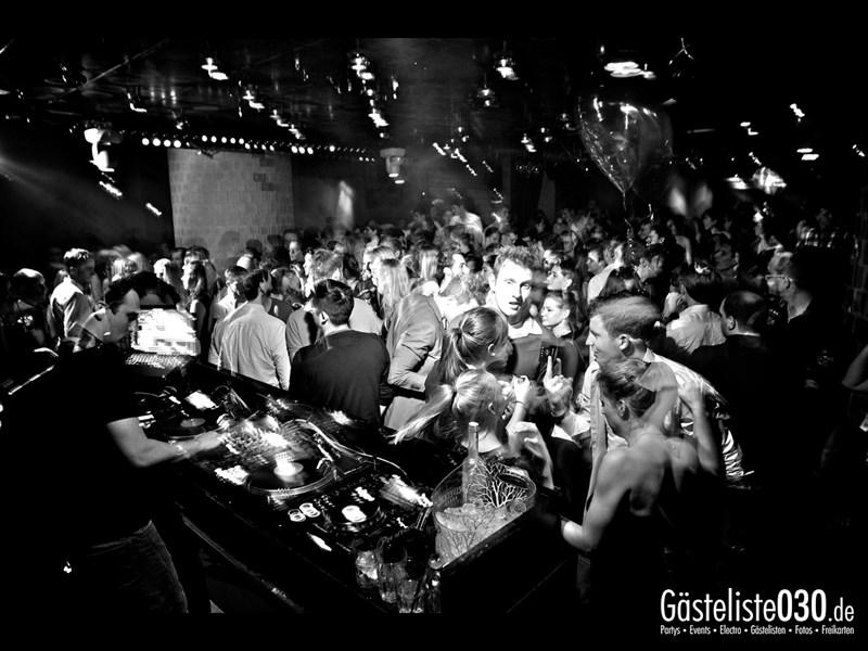 https://www.gaesteliste030.de/Partyfoto #54 Asphalt Berlin vom 09.11.2013