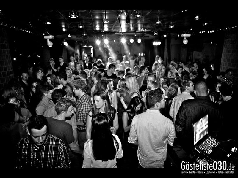 https://www.gaesteliste030.de/Partyfoto #41 Asphalt Berlin vom 09.11.2013