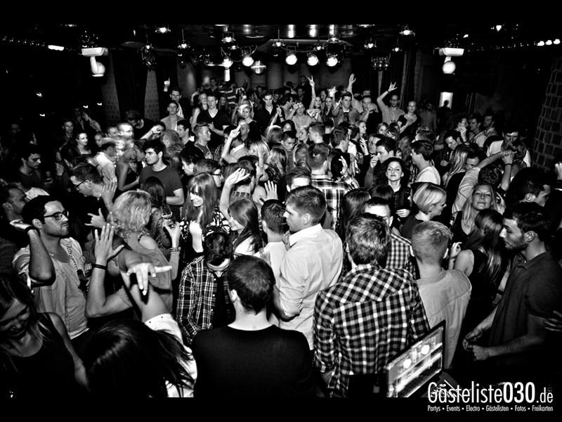 https://www.gaesteliste030.de/Partyfoto #60 Asphalt Berlin vom 09.11.2013