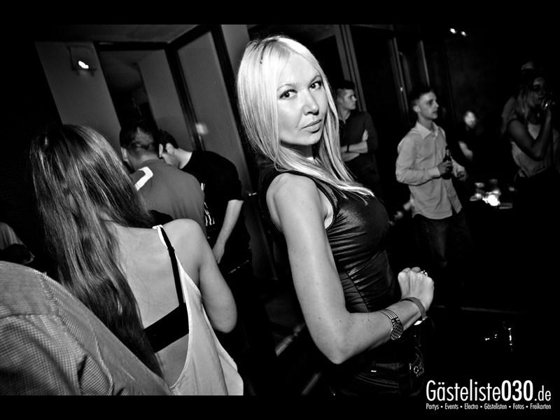 https://www.gaesteliste030.de/Partyfoto #59 Asphalt Berlin vom 09.11.2013