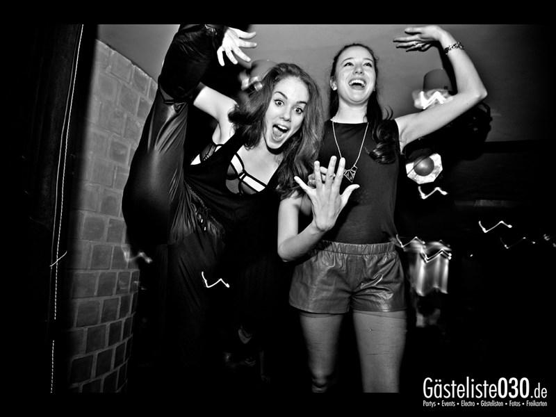 https://www.gaesteliste030.de/Partyfoto #107 Asphalt Berlin vom 09.11.2013