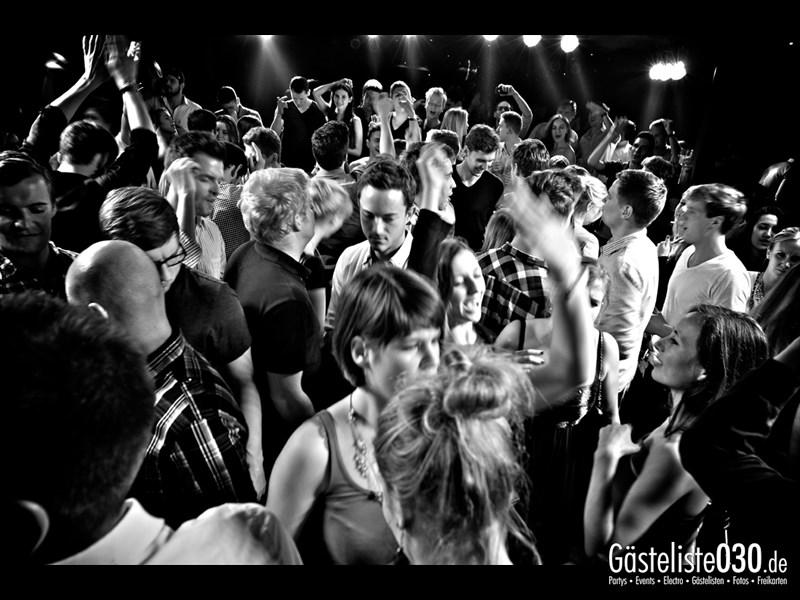 https://www.gaesteliste030.de/Partyfoto #69 Asphalt Berlin vom 09.11.2013