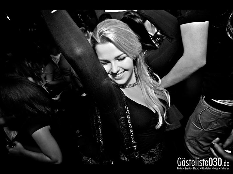 https://www.gaesteliste030.de/Partyfoto #83 Asphalt Berlin vom 09.11.2013