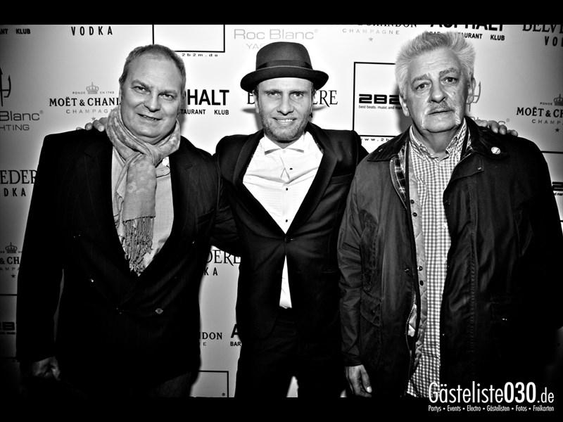 https://www.gaesteliste030.de/Partyfoto #8 Asphalt Berlin vom 23.11.2013