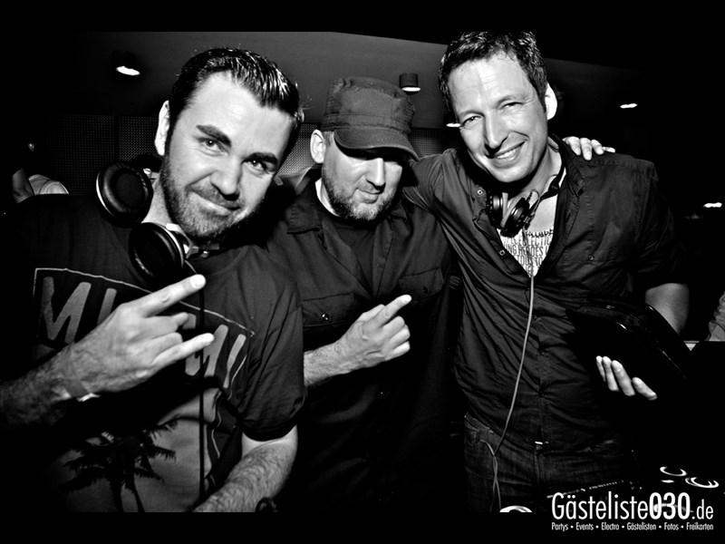 https://www.gaesteliste030.de/Partyfoto #201 Asphalt Berlin vom 23.11.2013