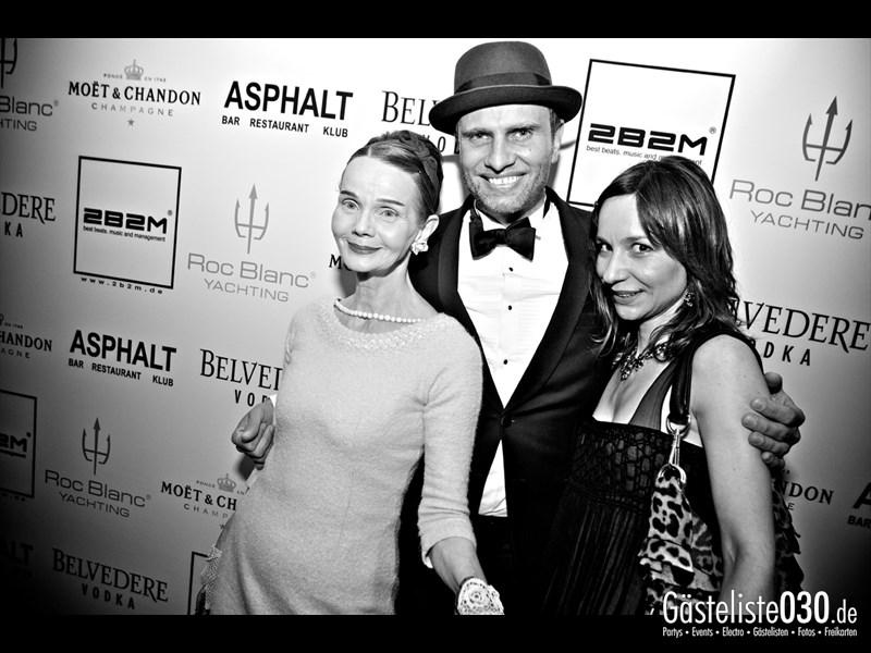 https://www.gaesteliste030.de/Partyfoto #28 Asphalt Berlin vom 23.11.2013