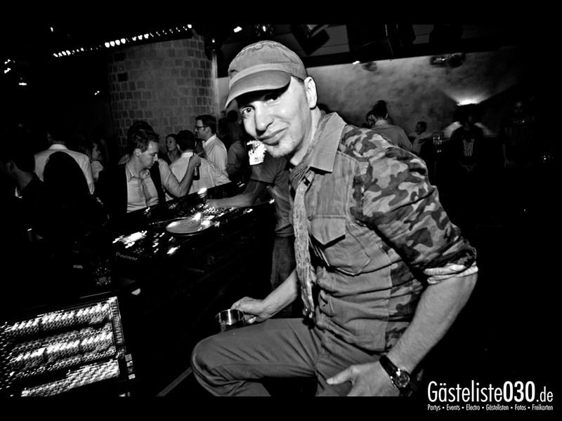 https://www.gaesteliste030.de/Partyfoto #34 Asphalt Berlin vom 15.11.2013