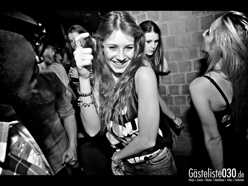 https://www.gaesteliste030.de/Partyfoto #20 Asphalt Berlin vom 15.11.2013