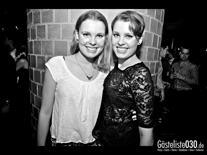 https://www.gaesteliste030.de/Partyfoto #29 Asphalt Berlin vom 15.11.2013