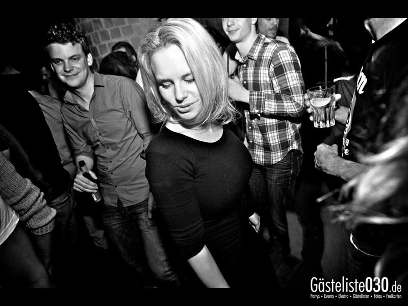 https://www.gaesteliste030.de/Partyfoto #74 Asphalt Berlin vom 15.11.2013