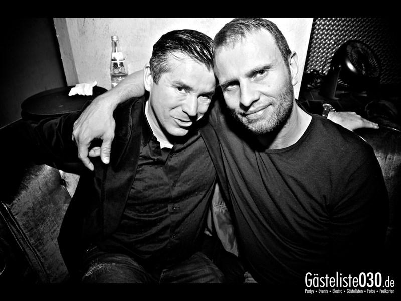 https://www.gaesteliste030.de/Partyfoto #66 Asphalt Berlin vom 15.11.2013