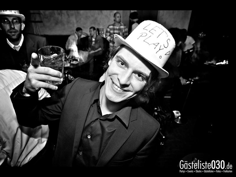 https://www.gaesteliste030.de/Partyfoto #83 Asphalt Berlin vom 15.11.2013