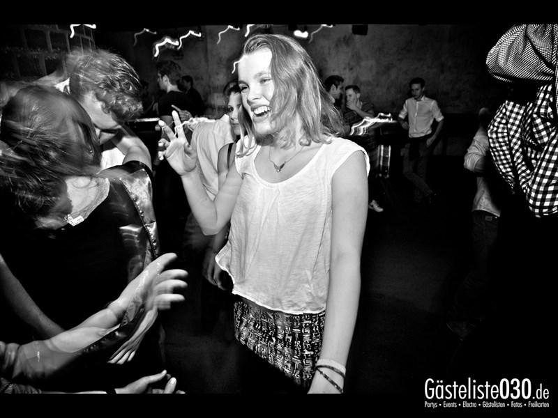 https://www.gaesteliste030.de/Partyfoto #94 Asphalt Berlin vom 15.11.2013