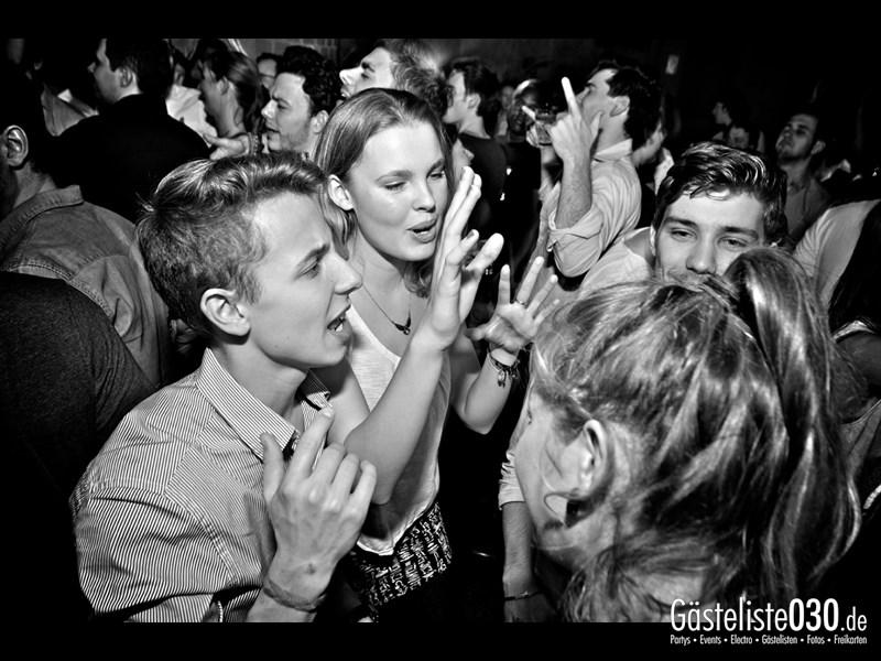 https://www.gaesteliste030.de/Partyfoto #61 Asphalt Berlin vom 15.11.2013