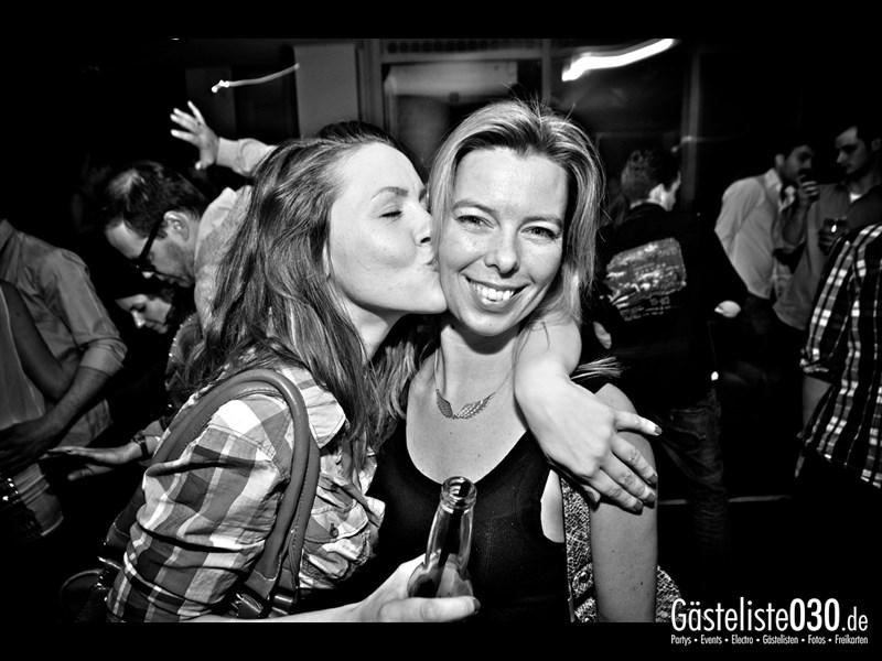 https://www.gaesteliste030.de/Partyfoto #42 Asphalt Berlin vom 15.11.2013