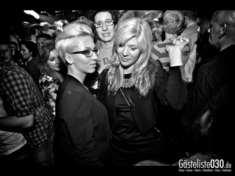 https://www.gaesteliste030.de/Partyfoto #44 Asphalt Berlin vom 15.11.2013