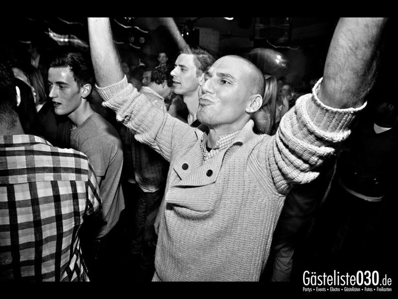 https://www.gaesteliste030.de/Partyfoto #77 Asphalt Berlin vom 15.11.2013