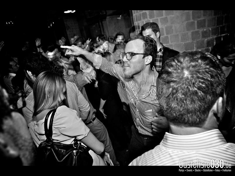 https://www.gaesteliste030.de/Partyfoto #32 Asphalt Berlin vom 15.11.2013