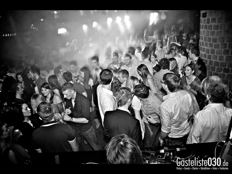 https://www.gaesteliste030.de/Partyfoto #35 Asphalt Berlin vom 15.11.2013
