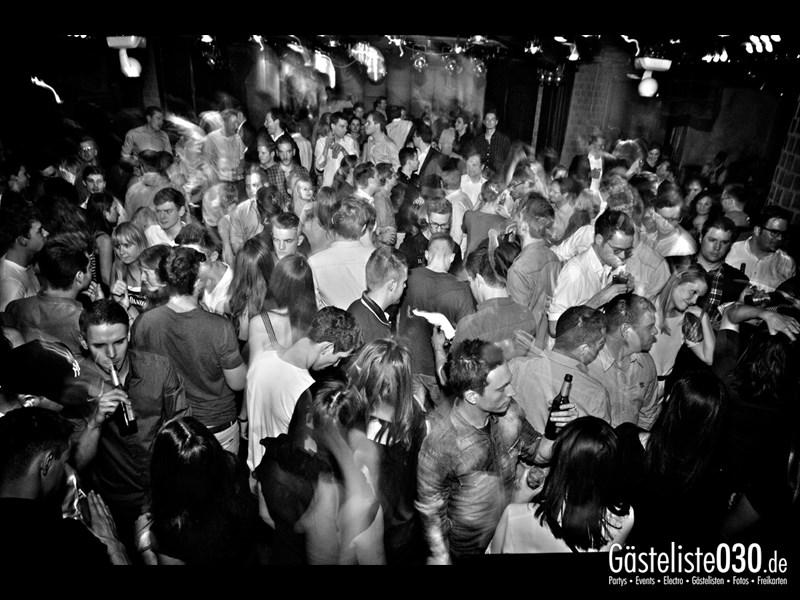 https://www.gaesteliste030.de/Partyfoto #23 Asphalt Berlin vom 15.11.2013