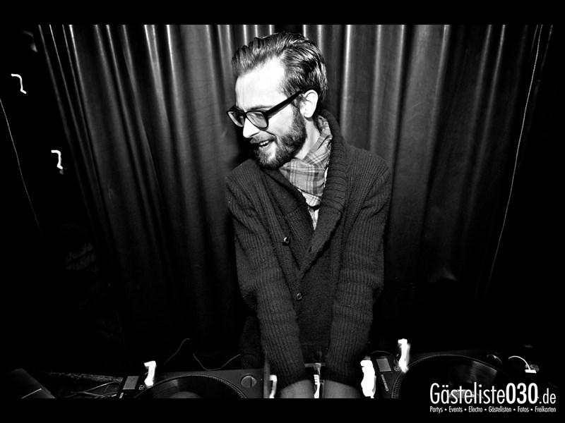 https://www.gaesteliste030.de/Partyfoto #2 Asphalt Berlin vom 05.12.2013