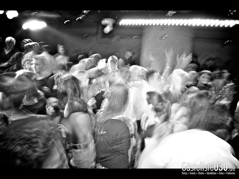 https://www.gaesteliste030.de/Partyfoto #95 Asphalt Berlin vom 05.12.2013