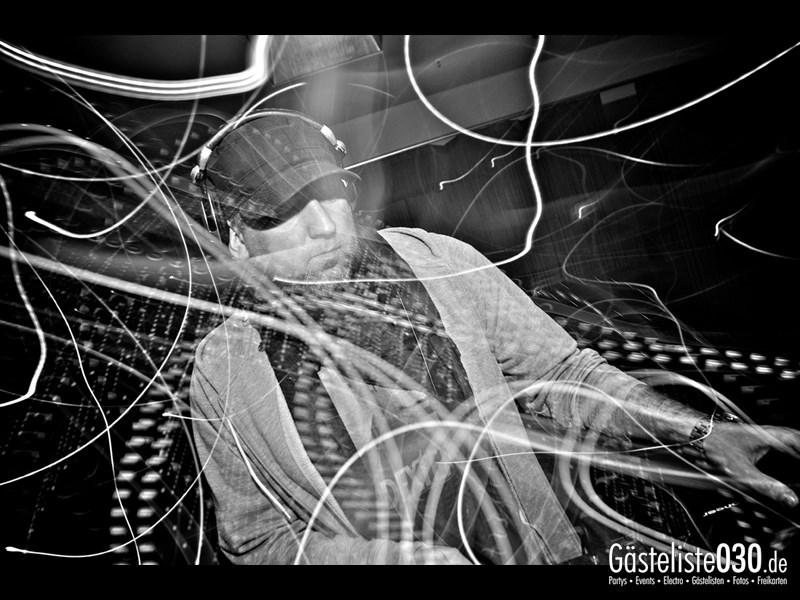 https://www.gaesteliste030.de/Partyfoto #2 Asphalt Berlin vom 14.12.2013