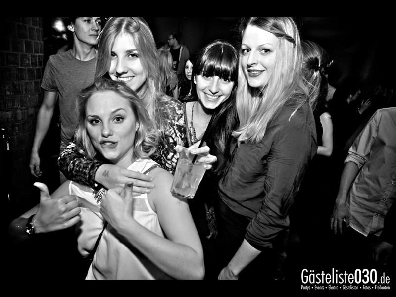 https://www.gaesteliste030.de/Partyfoto #18 Asphalt Berlin vom 14.12.2013