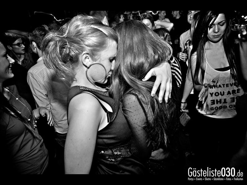 https://www.gaesteliste030.de/Partyfoto #23 Asphalt Berlin vom 14.12.2013