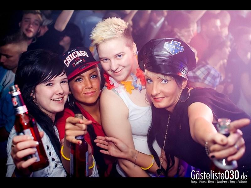 https://www.gaesteliste030.de/Partyfoto #6 Q-Dorf Berlin vom 29.11.2013
