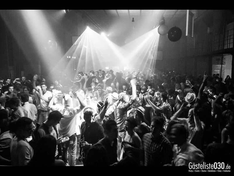 https://www.gaesteliste030.de/Partyfoto #214 Ewerk Berlin vom 31.12.2013