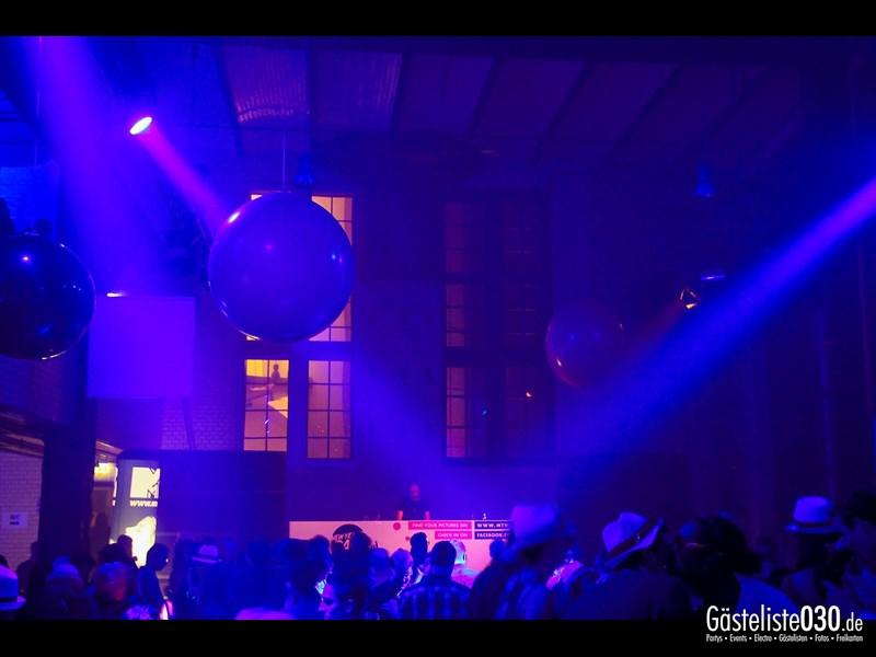 https://www.gaesteliste030.de/Partyfoto #213 Ewerk Berlin vom 31.12.2013
