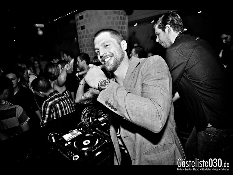 https://www.gaesteliste030.de/Partyfoto #110 Asphalt Berlin vom 04.01.2014