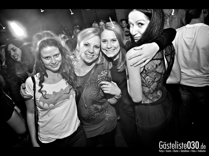 https://www.gaesteliste030.de/Partyfoto #16 Asphalt Berlin vom 04.01.2014