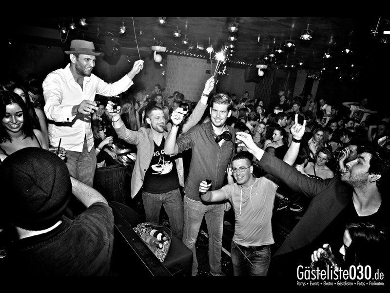 https://www.gaesteliste030.de/Partyfoto #107 Asphalt Berlin vom 04.01.2014