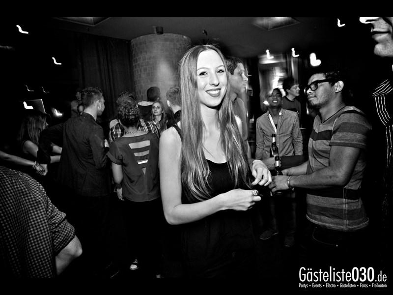 https://www.gaesteliste030.de/Partyfoto #14 Asphalt Berlin vom 03.01.2014
