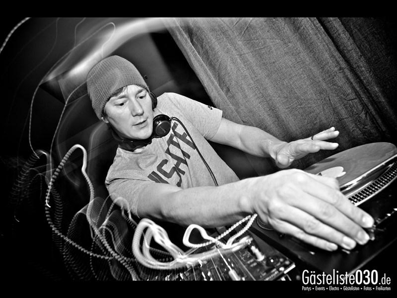 https://www.gaesteliste030.de/Partyfoto #1 Asphalt Berlin vom 03.01.2014