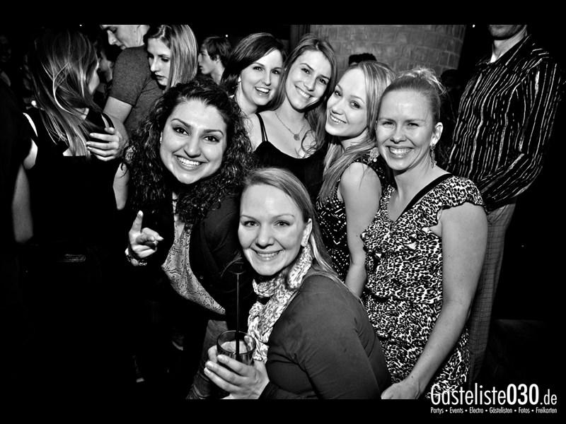 https://www.gaesteliste030.de/Partyfoto #83 Asphalt Berlin vom 03.01.2014
