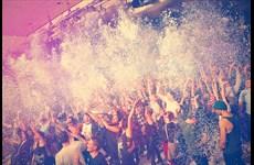 Partyfotos Astra Kulturhaus 27.12.2014 Epic Fail Floor Party - 200 KG Konfetti - Zuckerwatte - XXL Luftballons