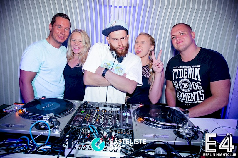 https://www.gaesteliste030.de/Partyfoto #111 E4 Club Berlin vom 18.07.2015
