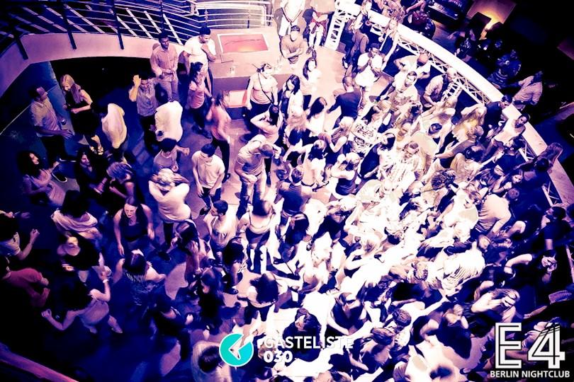 https://www.gaesteliste030.de/Partyfoto #15 E4 Club Berlin vom 18.07.2015