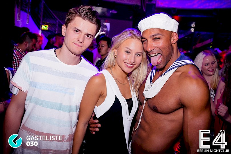 https://www.gaesteliste030.de/Partyfoto #23 E4 Club Berlin vom 03.10.2015