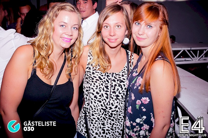 https://www.gaesteliste030.de/Partyfoto #92 E4 Club Berlin vom 03.10.2015