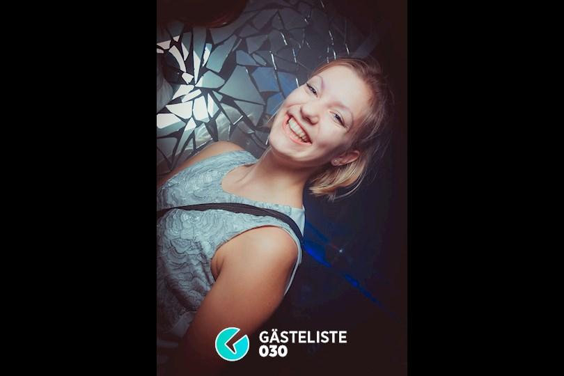 https://www.gaesteliste030.de/Partyfoto #43 Maxxim Berlin vom 19.11.2015