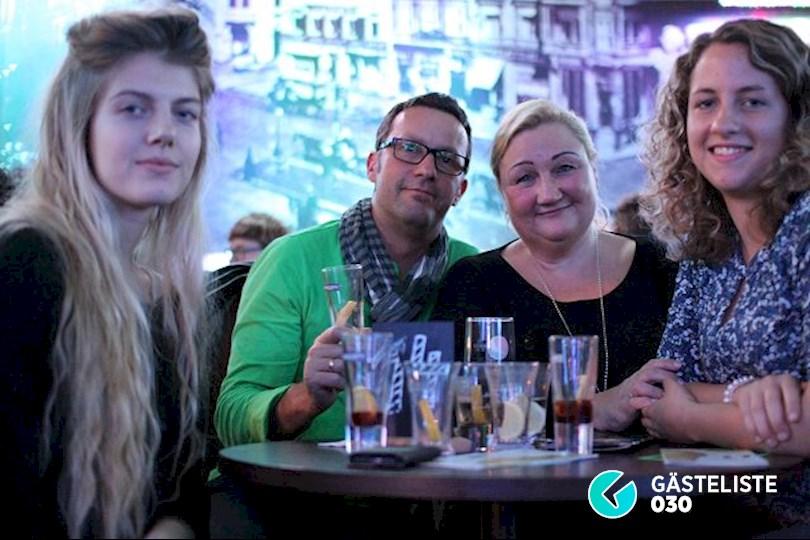 https://www.gaesteliste030.de/Partyfoto #2 Knutschfleck Berlin vom 21.11.2015