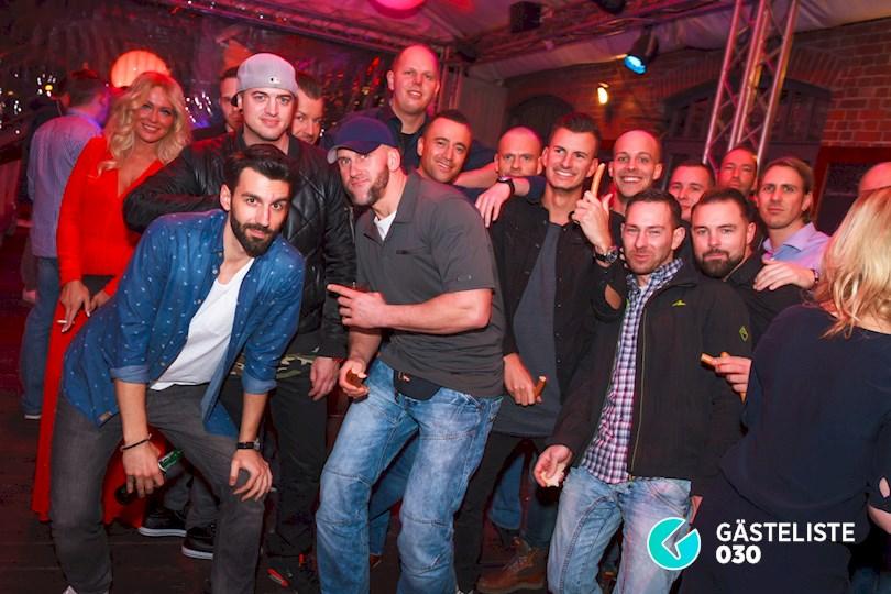 https://www.gaesteliste030.de/Partyfoto #1 Pirates Berlin vom 24.12.2015