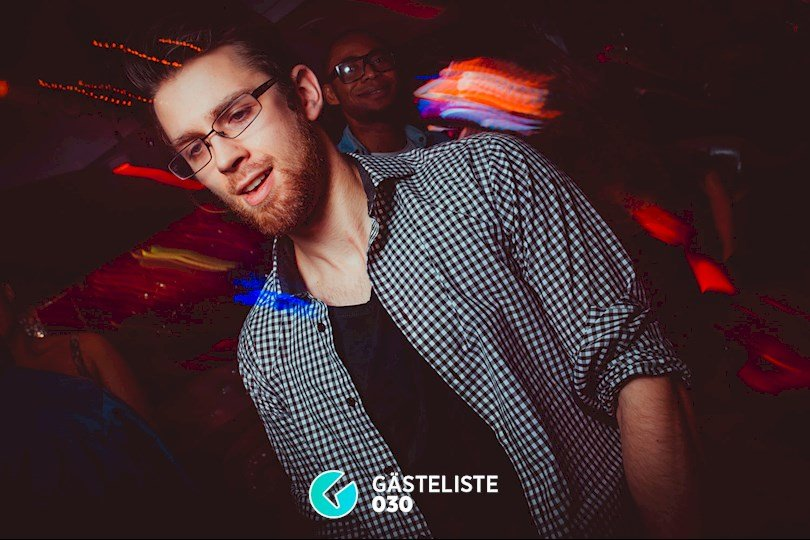 https://www.gaesteliste030.de/Partyfoto #44 Maxxim Berlin vom 25.12.2015