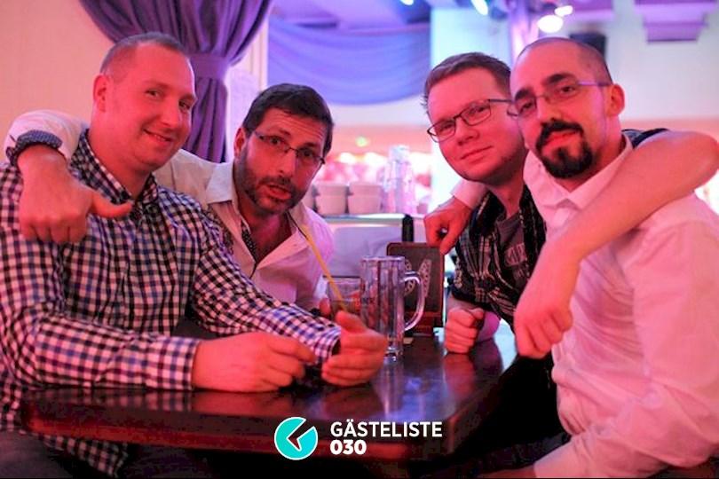 https://www.gaesteliste030.de/Partyfoto #7 Knutschfleck Berlin vom 05.12.2015