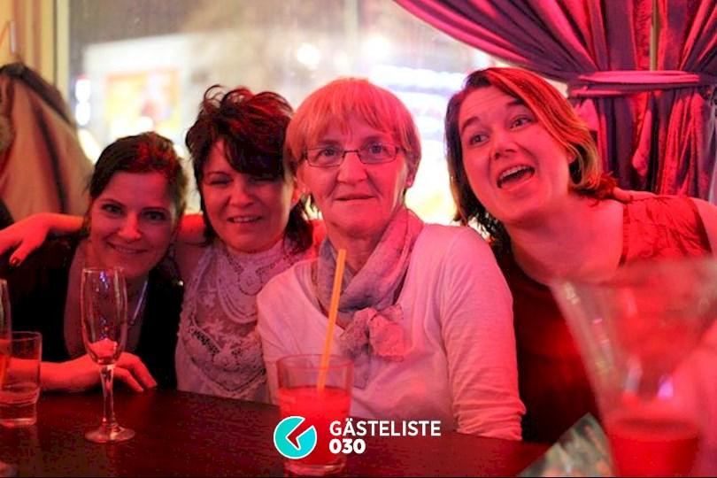 https://www.gaesteliste030.de/Partyfoto #15 Knutschfleck Berlin vom 05.12.2015
